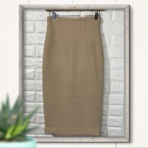 H&M Textured Tan Pencil Skirt Size 4 Fits Like a 2